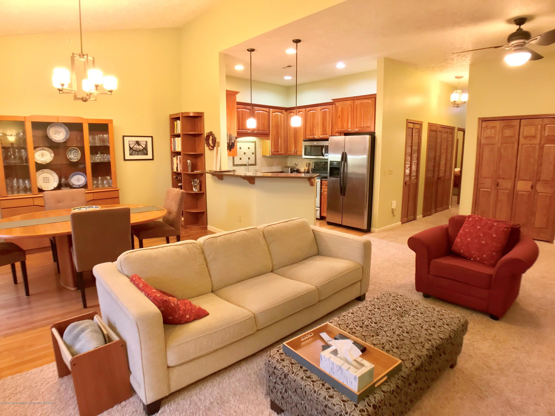 1321 Turner Rd - Living Area - 6