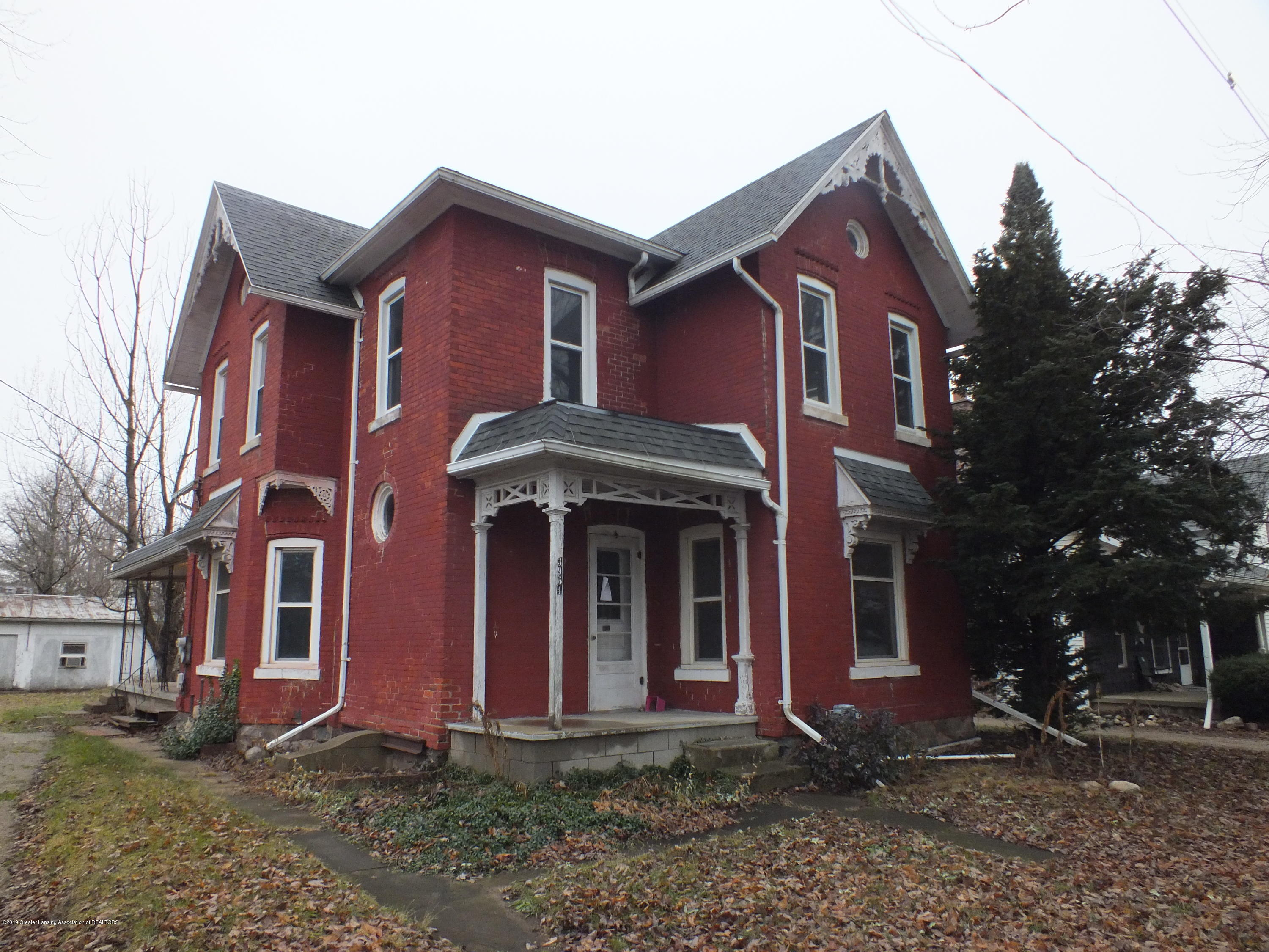 3964 S Ruess Rd - front - 1