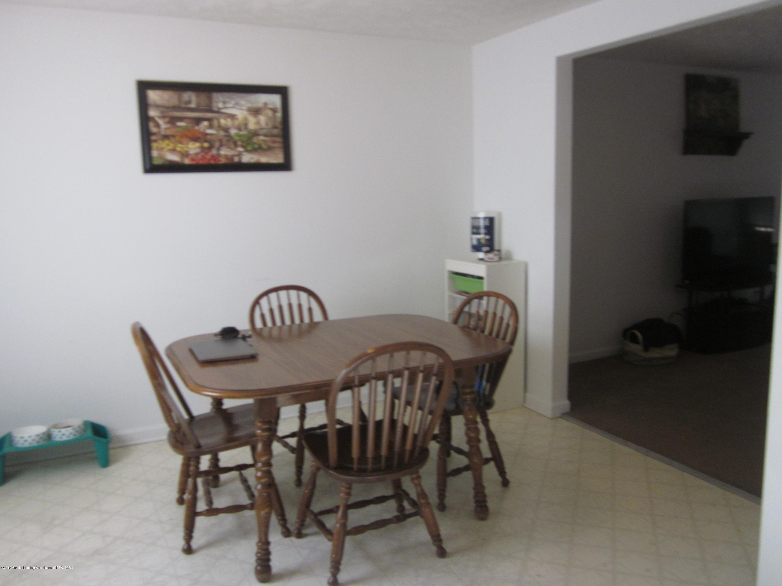 535 S Magnolia Ave - Dining room - 6
