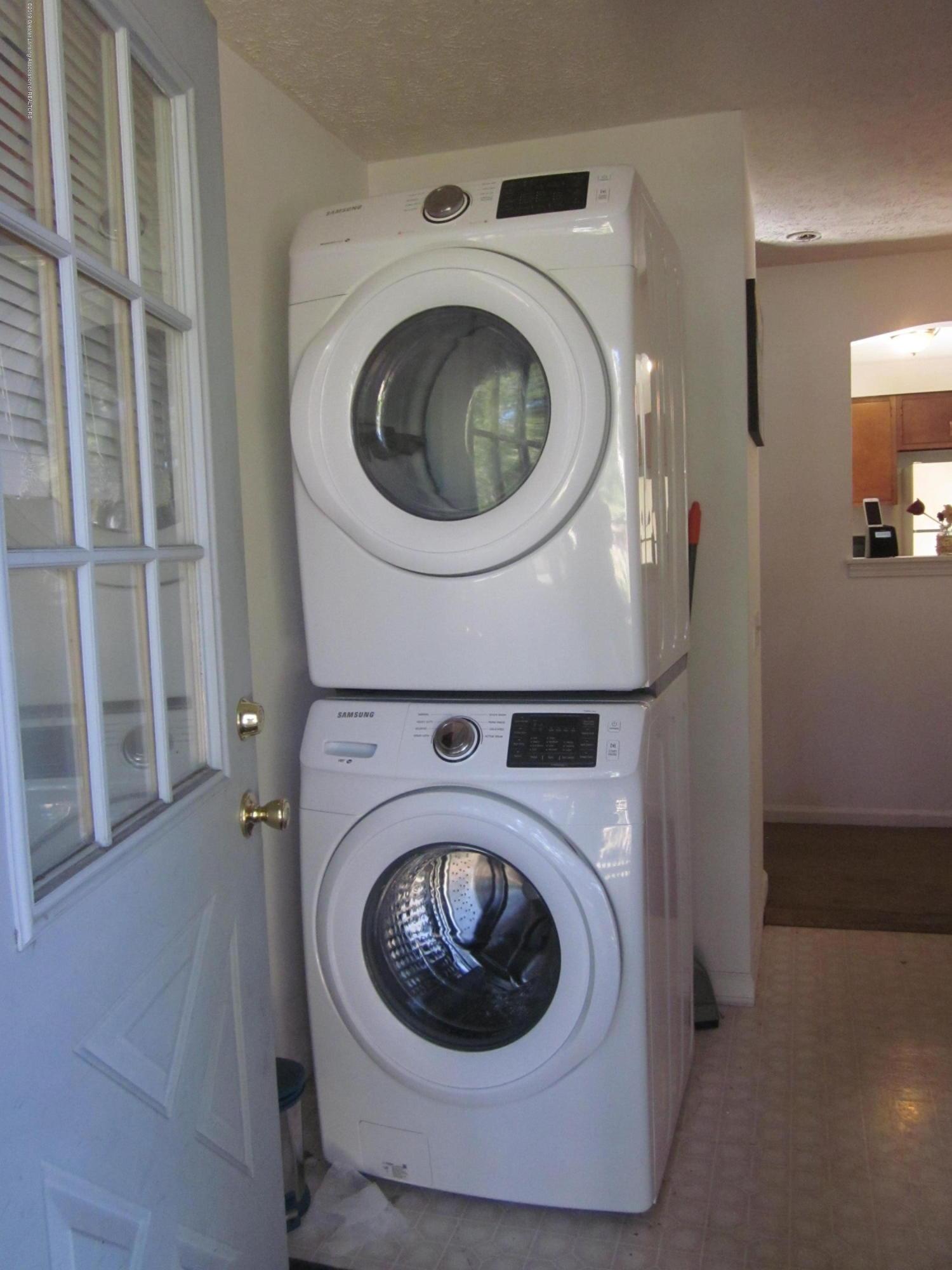 535 S Magnolia Ave - Laundry - 12
