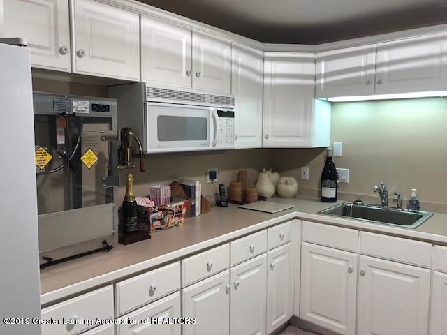 3315 Moores River Dr - Lower Level Kitchen - 57