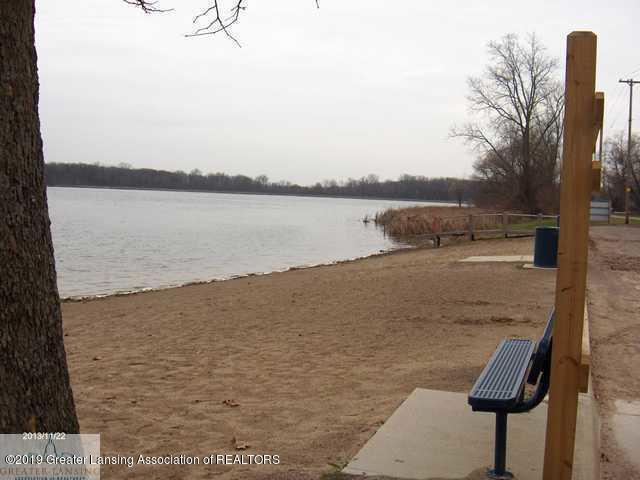 5894 Outer Dr - Park Lake Beach - 6