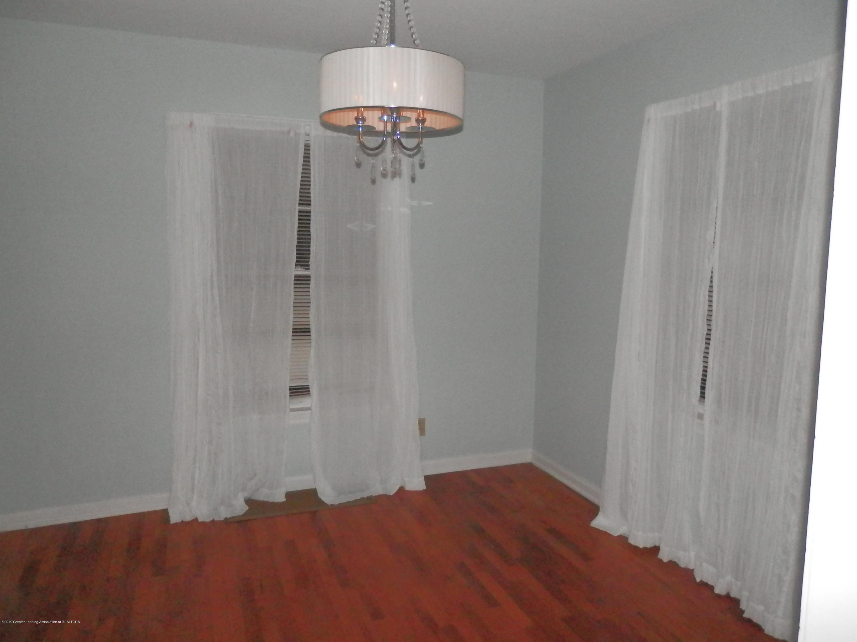 352 Collingwood Dr - Dining Room - 5