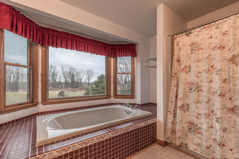 1965 Grovenburg Rd - Bathroom - 25