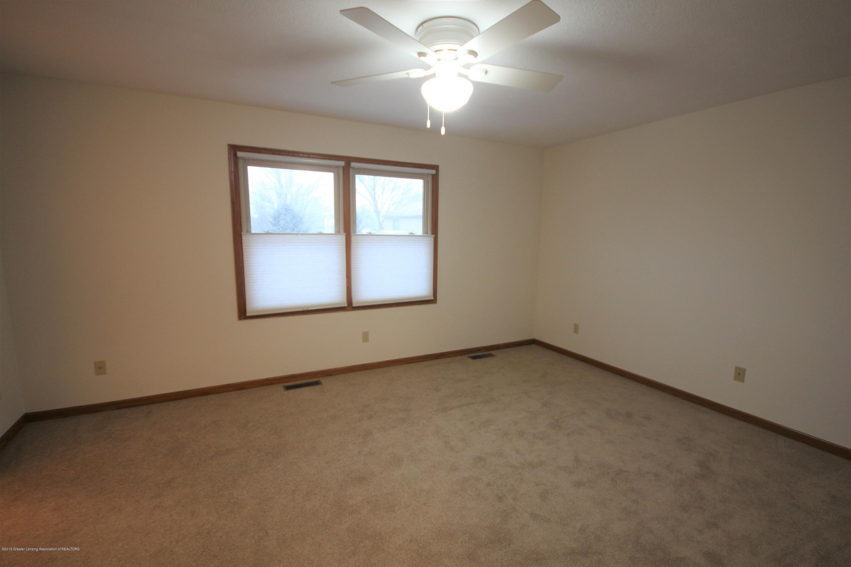 3910 Applegrove Ln - Master Bedroom - 12