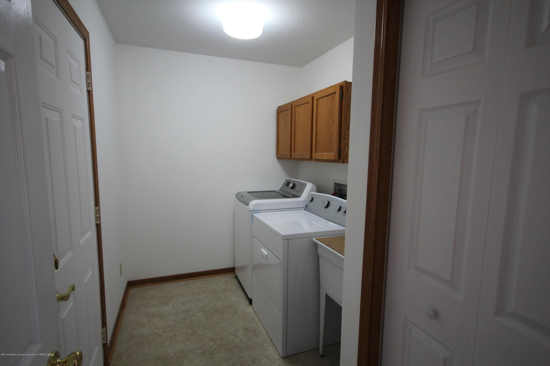 3910 Applegrove Ln - Laundry/Mud Room - 20
