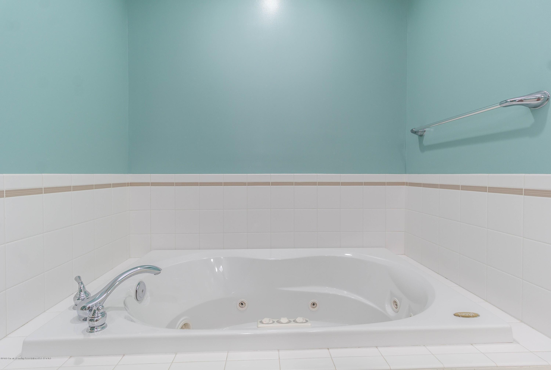 1571 Royal Crescent - Master Bath - 6