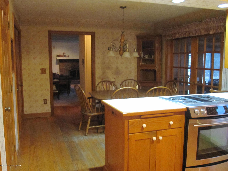1911 Vassar Dr - Vassar Kitchen and Family Room View - 6