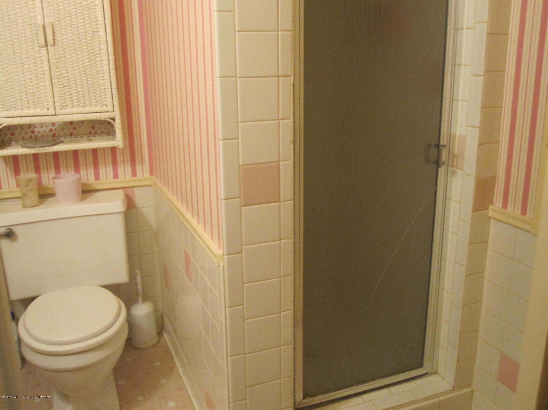 1911 Vassar Dr - Vassar Master Bath Shower - 16