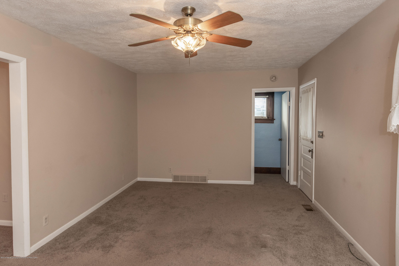 4411 Keller Rd - Living Room - 9