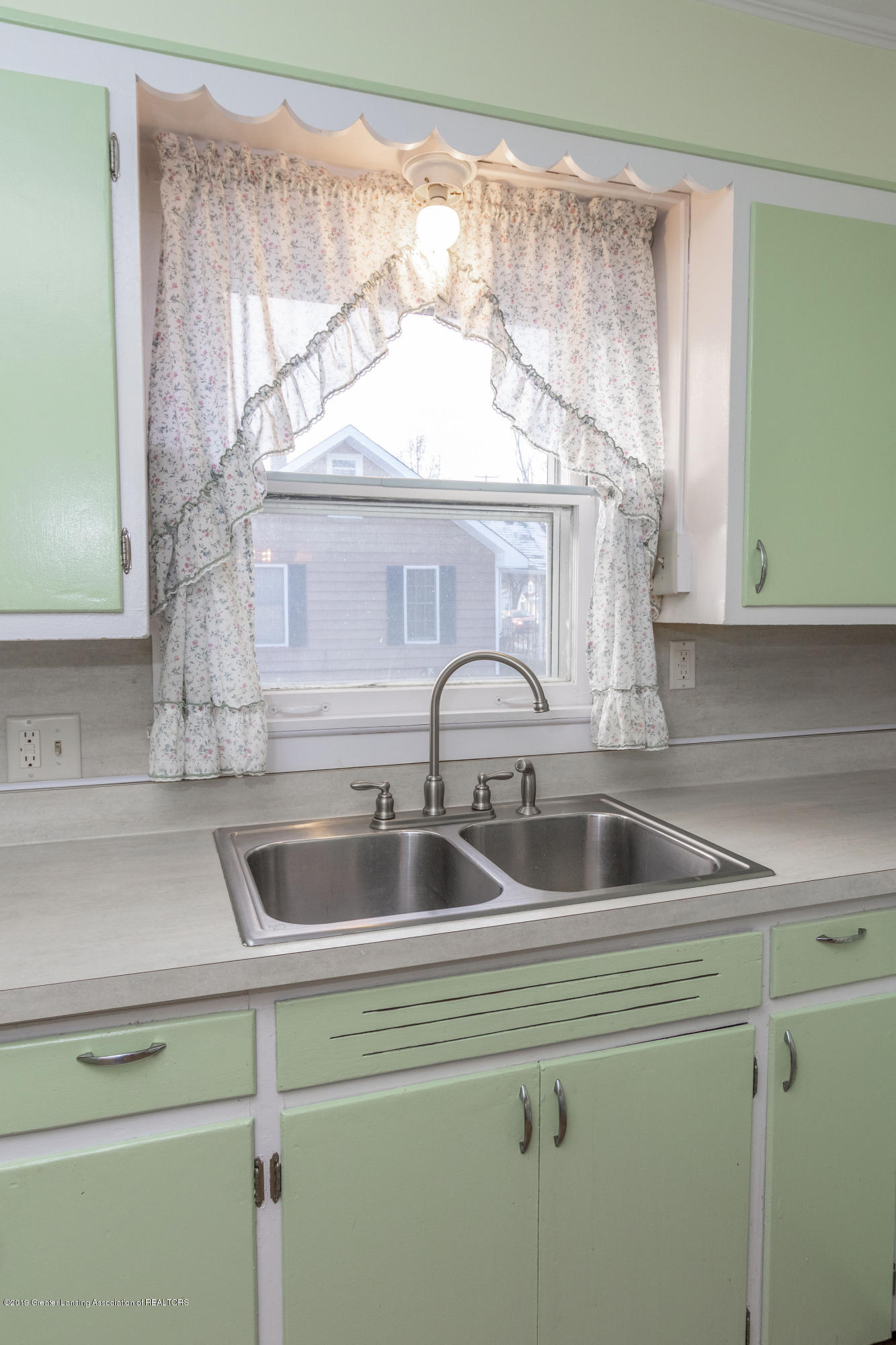 4411 Keller Rd - Kitchen - 14