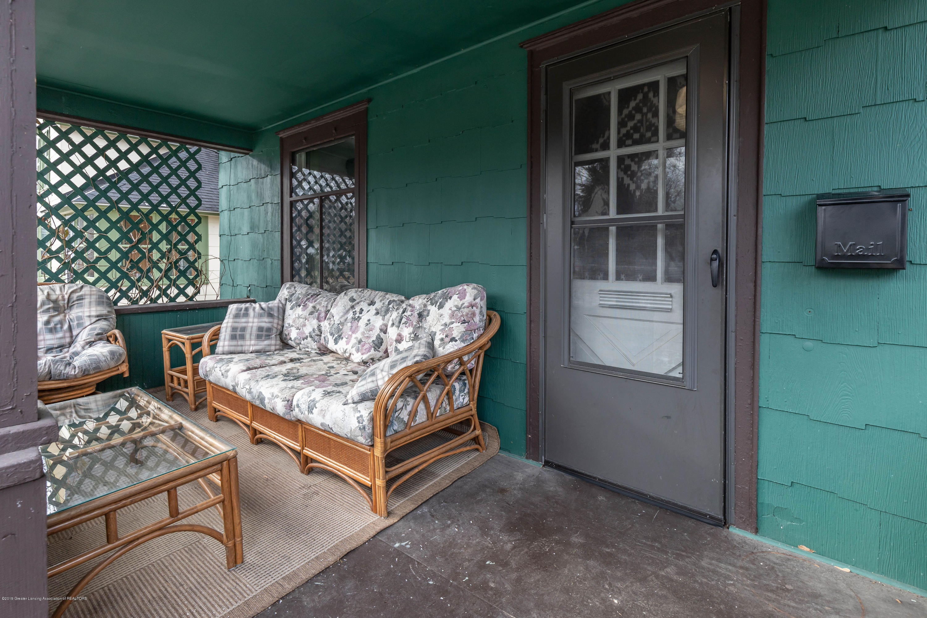 311 N Magnolia Ave - Front Porch - 3