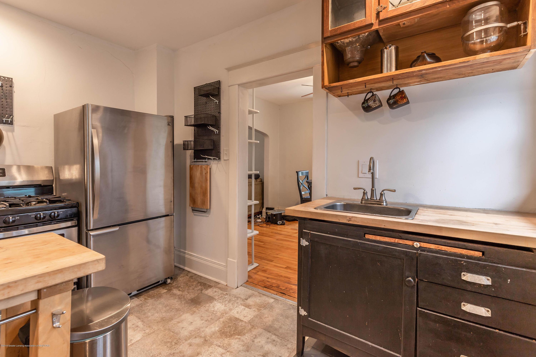 311 N Magnolia Ave - Kitchen - 9