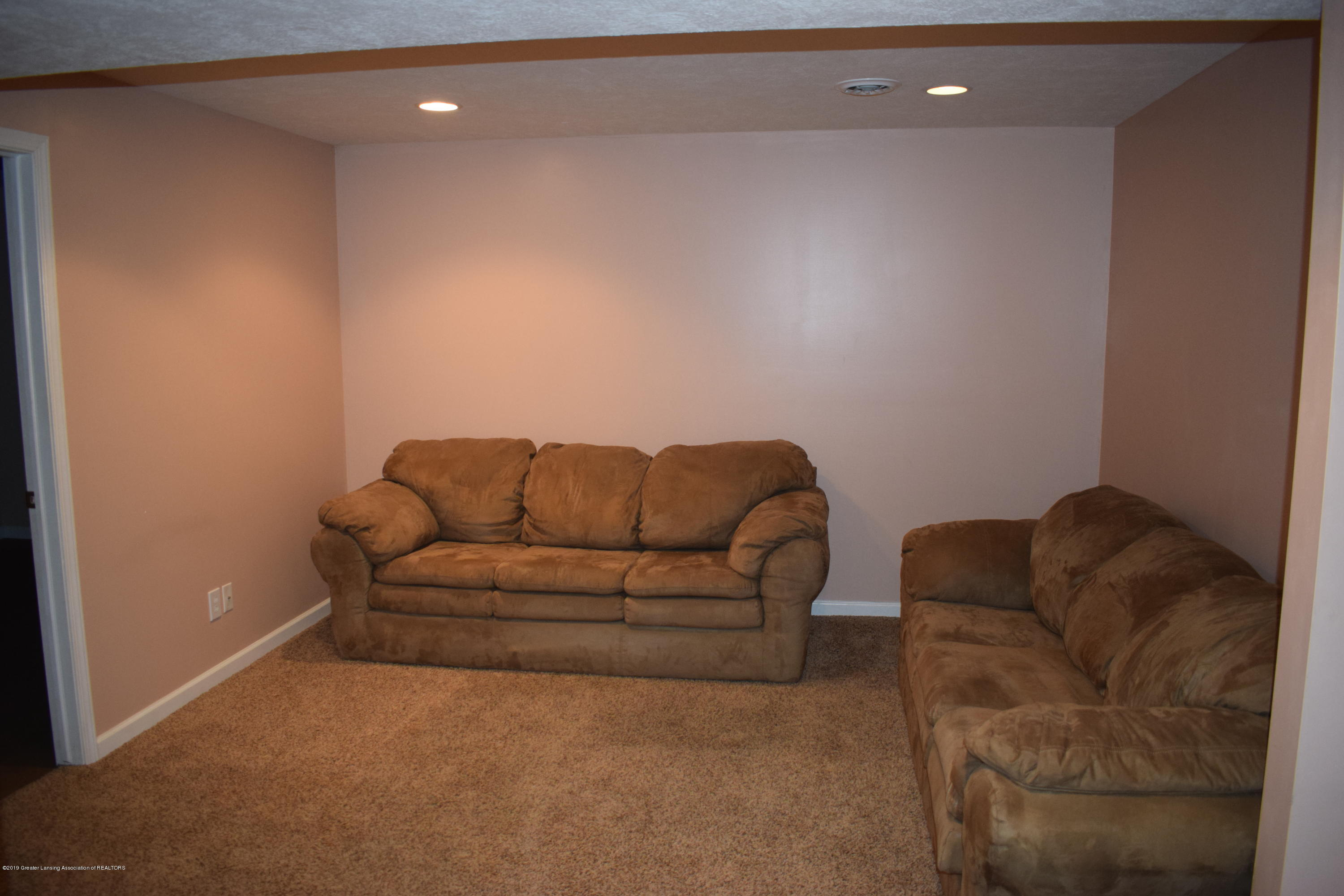 12930 Chartreuse Dr - 19 - 20