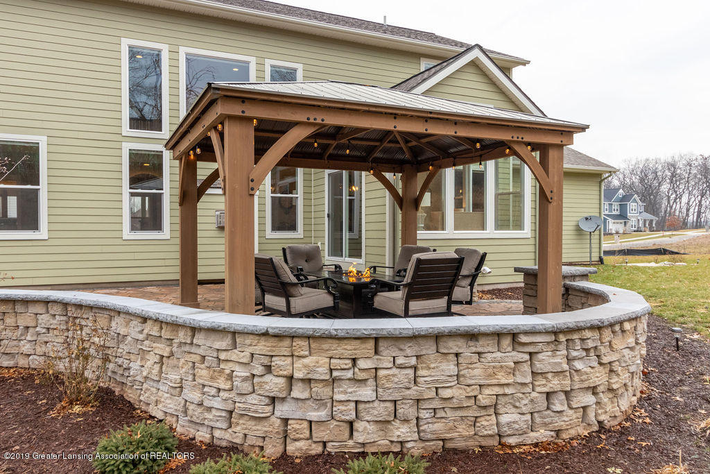 6103 Southridge Rd - pergola & stone patio - 4