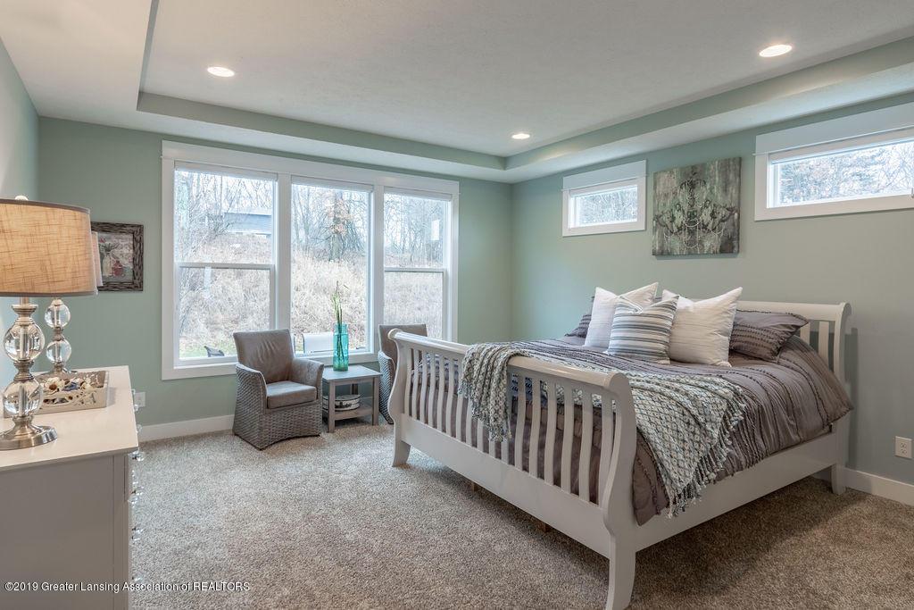 6103 Southridge Rd - master bedroom - 31