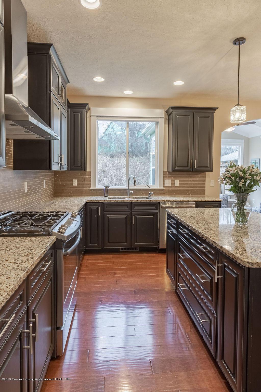 6103 Southridge Rd - kitchen space - 28
