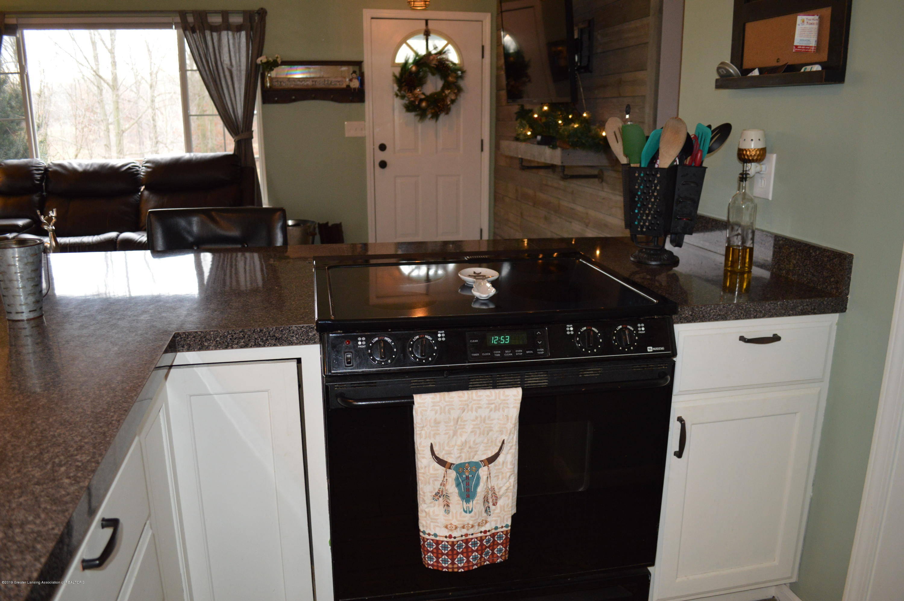 3811 Gale Rd - Kitchen - 5