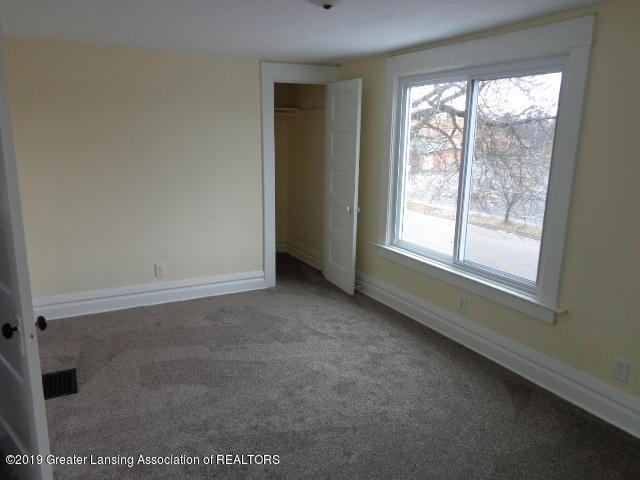 719 Comfort St - Bedroom 1 - 12