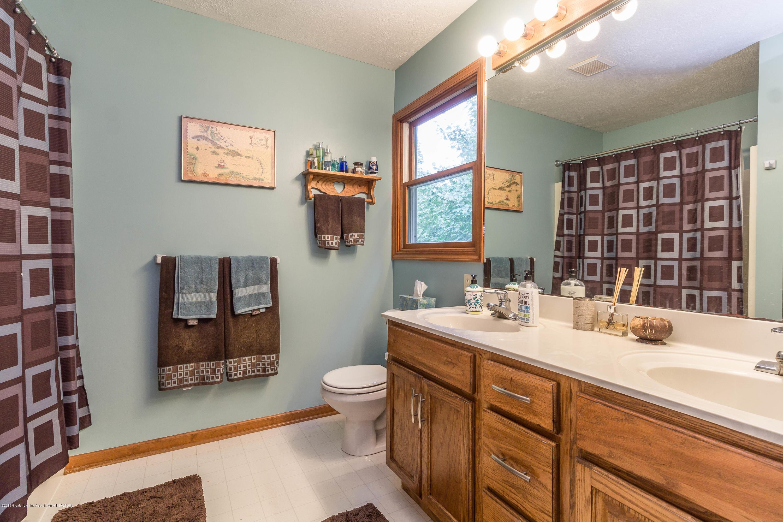 2051 Almond Rd - Bathroom - 16
