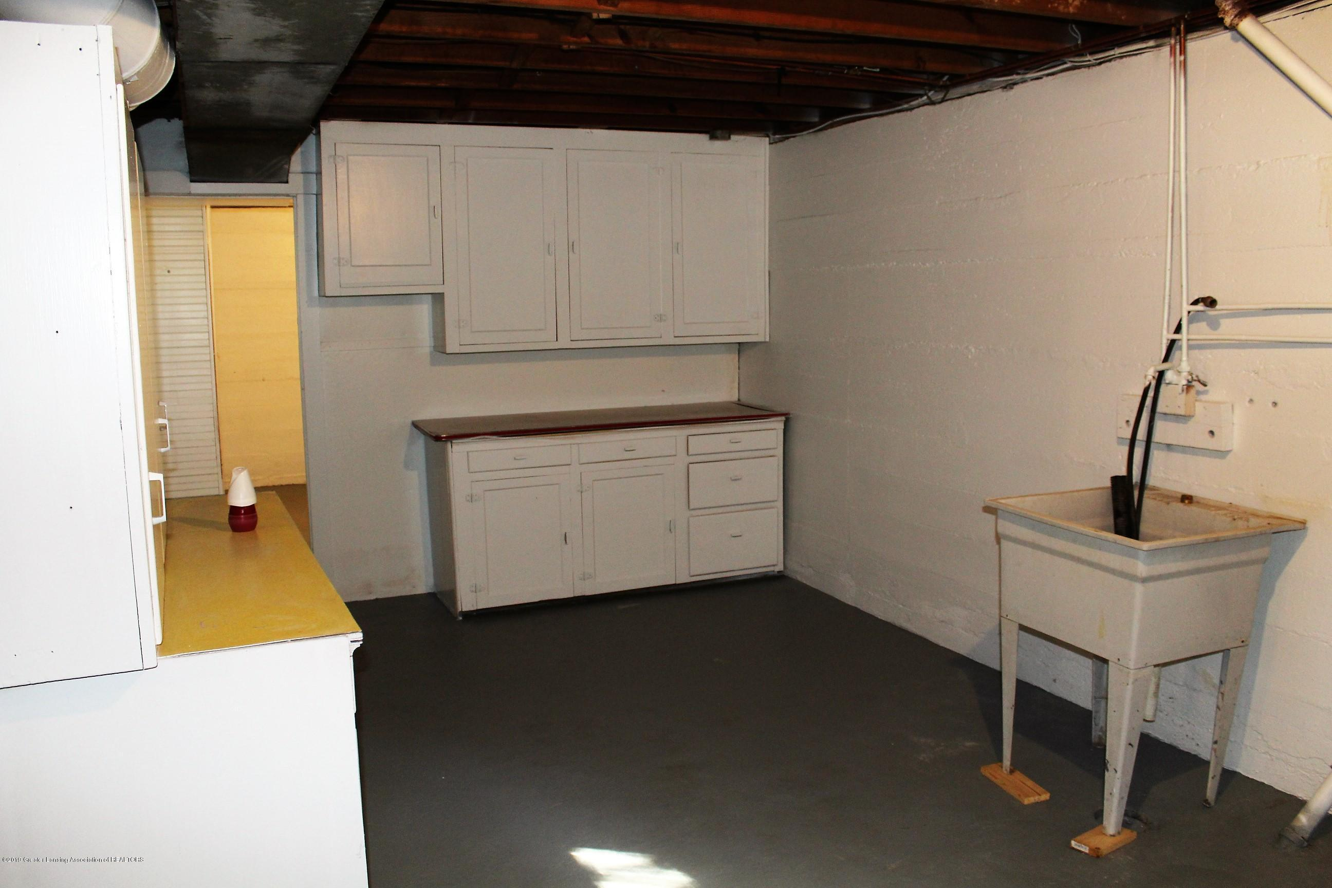 7662 E Saginaw Hwy - Laundry Room - 29