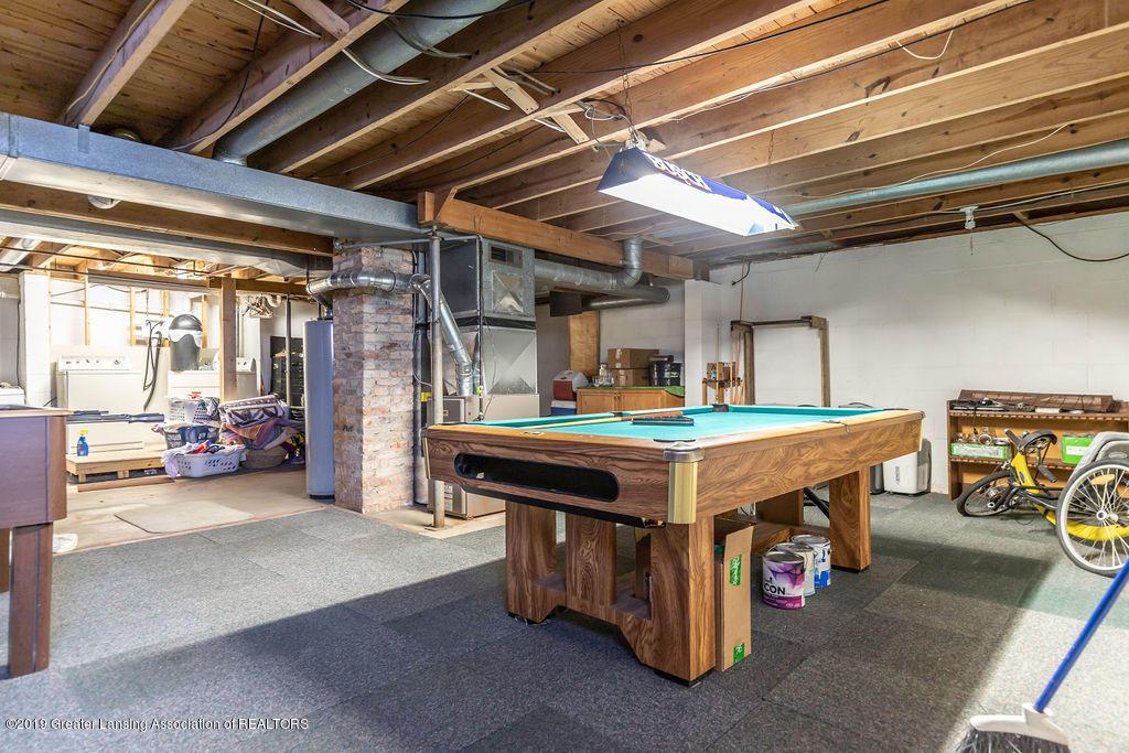 4540 E Monroe St - nice basement - 17