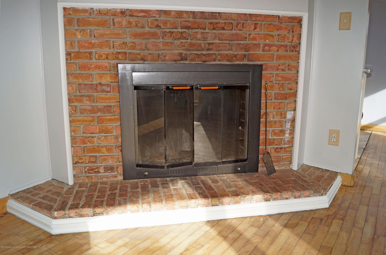 4987 Hillcrest Ave - Fireplace - 5