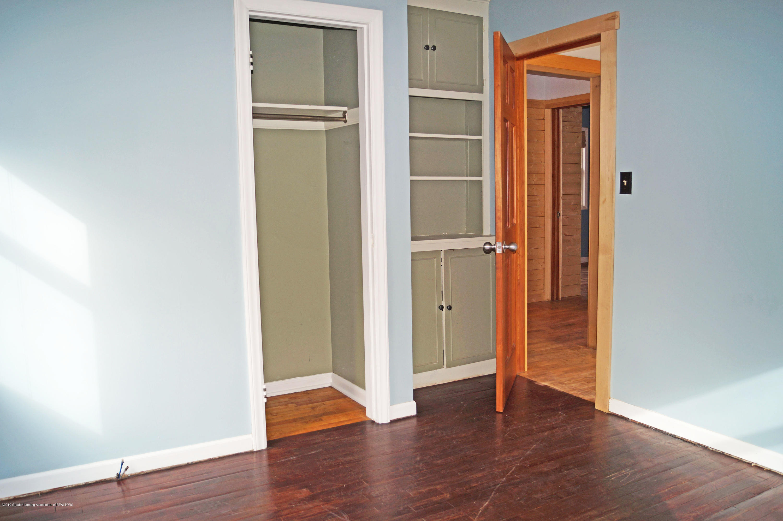 4987 Hillcrest Ave - Bedroom - 16
