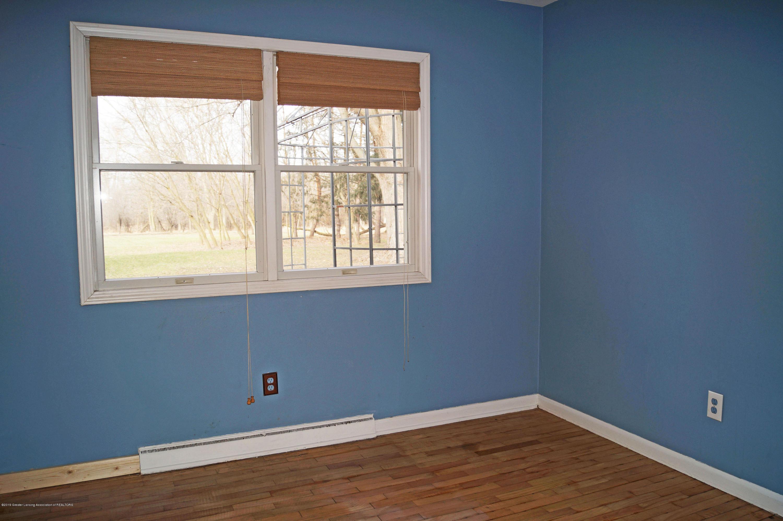 4987 Hillcrest Ave - Bedroom2 - 19