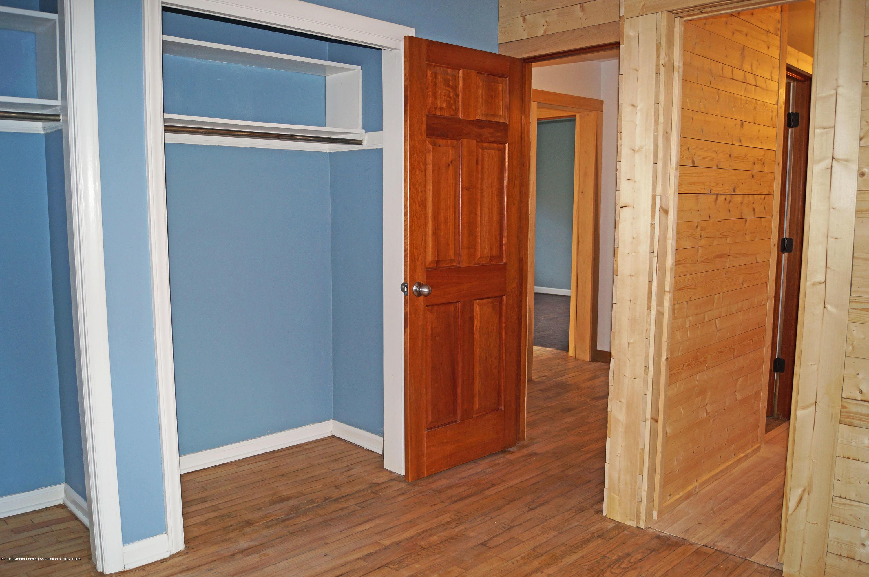 4987 Hillcrest Ave - Bedroom - 20