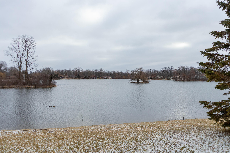 2086 Lac Du Mont Dr - Water View - 27