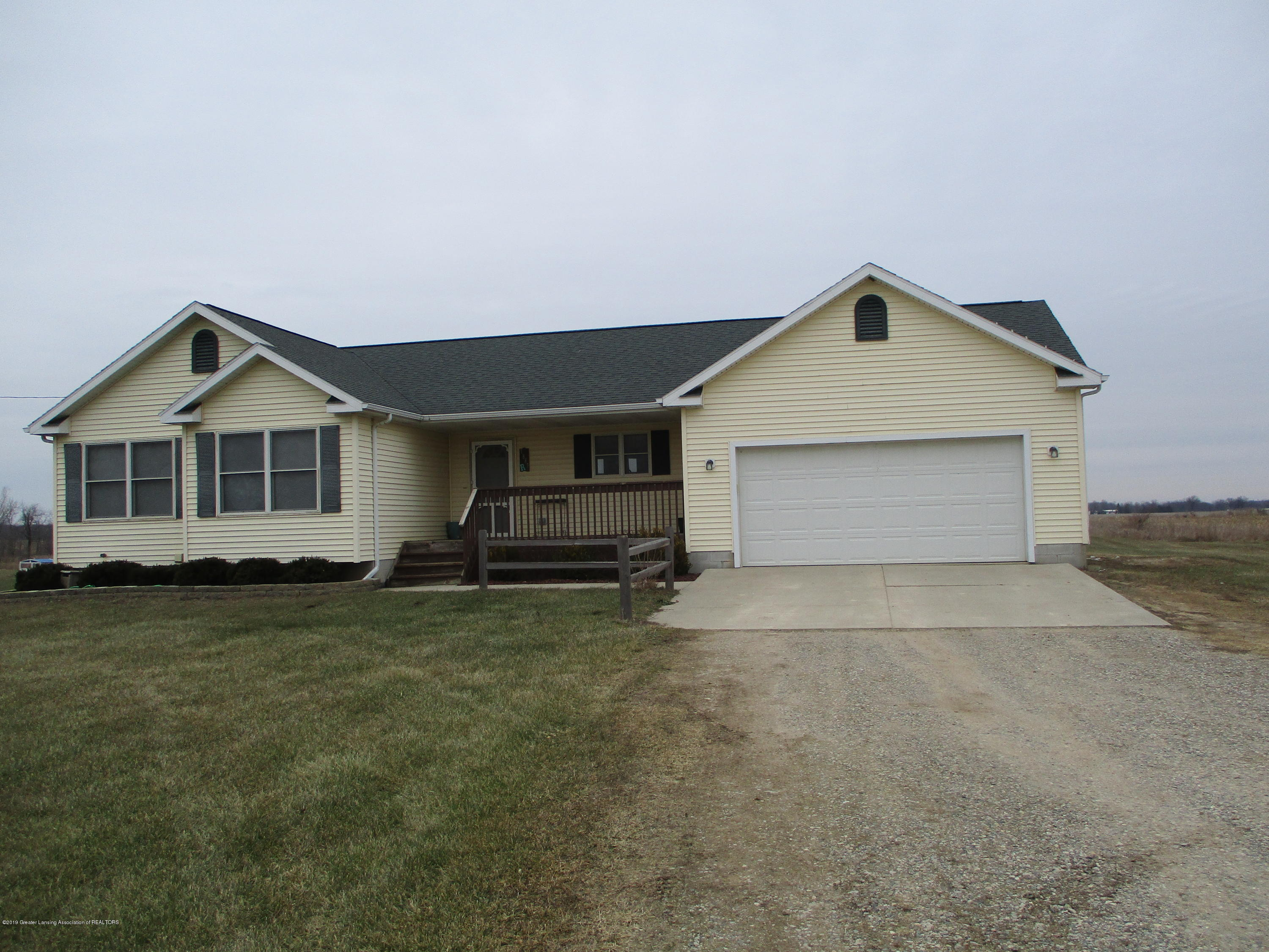 7887 Welter Rd - IMG_2325 - 1