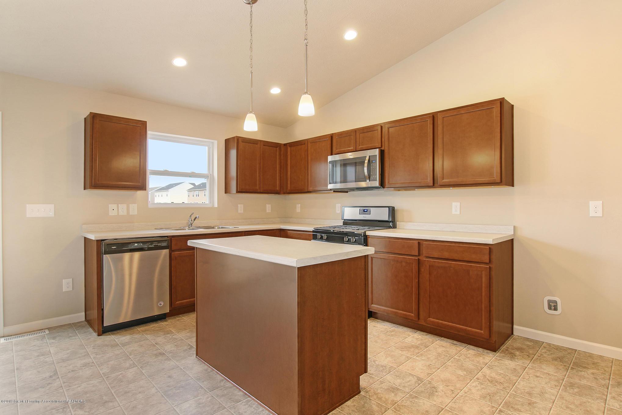 1009 Chesham - MDE023-E1600-Kitchen1 - 8
