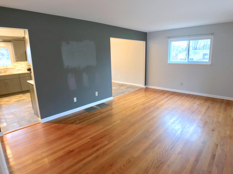 802 Blanchette Dr - Living Room - 7
