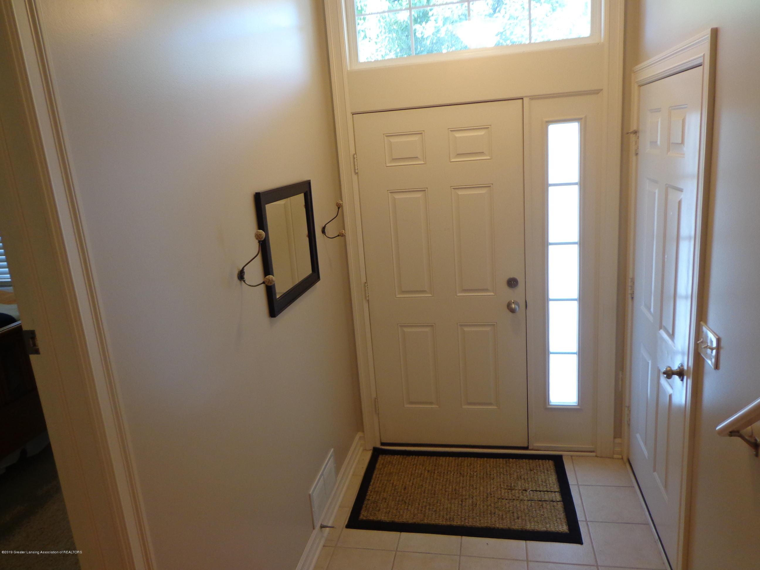 6230 Hilltop Ct 6 - entry - 2