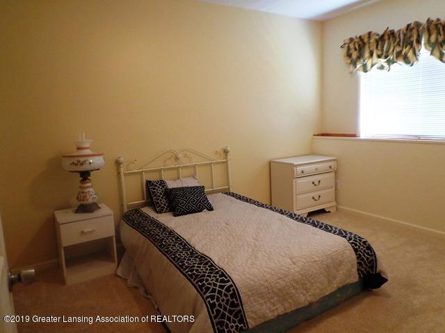 6230 Hilltop Ct 6 - bedroom 3 - 19