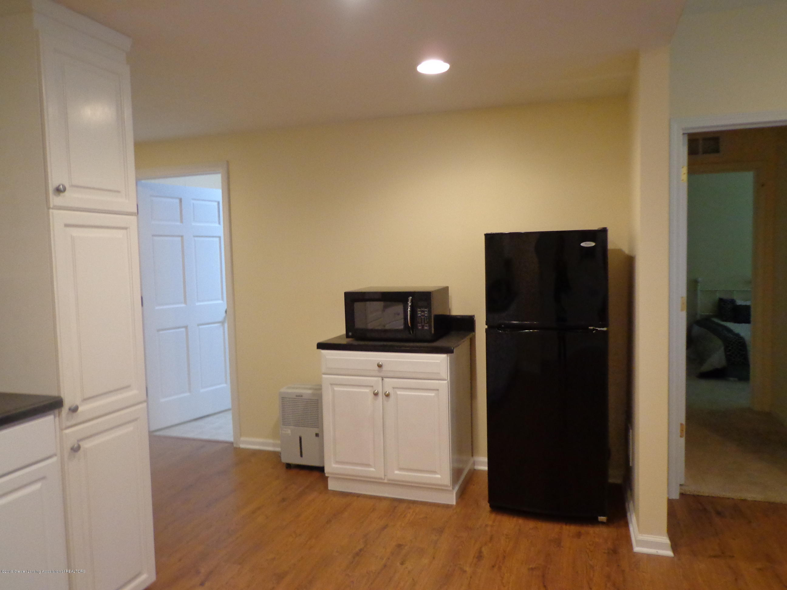 6230 Hilltop Ct 6 - lower level - 22
