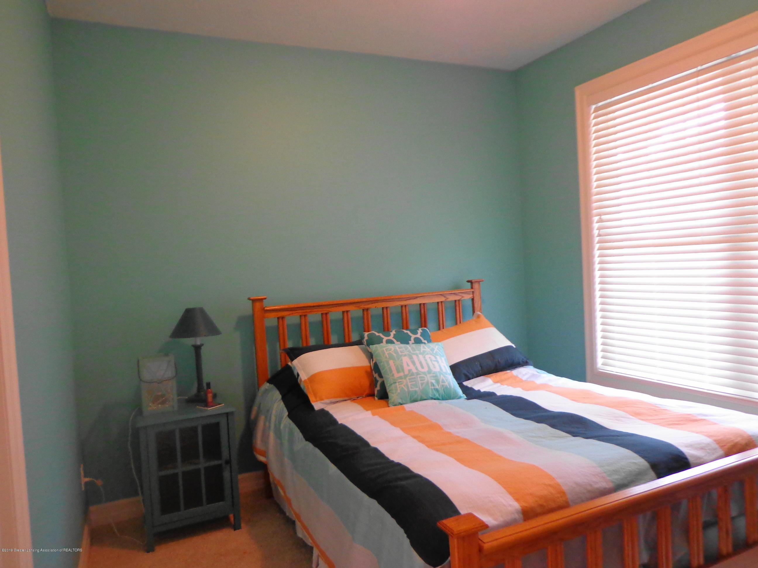 6230 Hilltop Ct 6 - 6230 hilltop bedroom 1 - 14