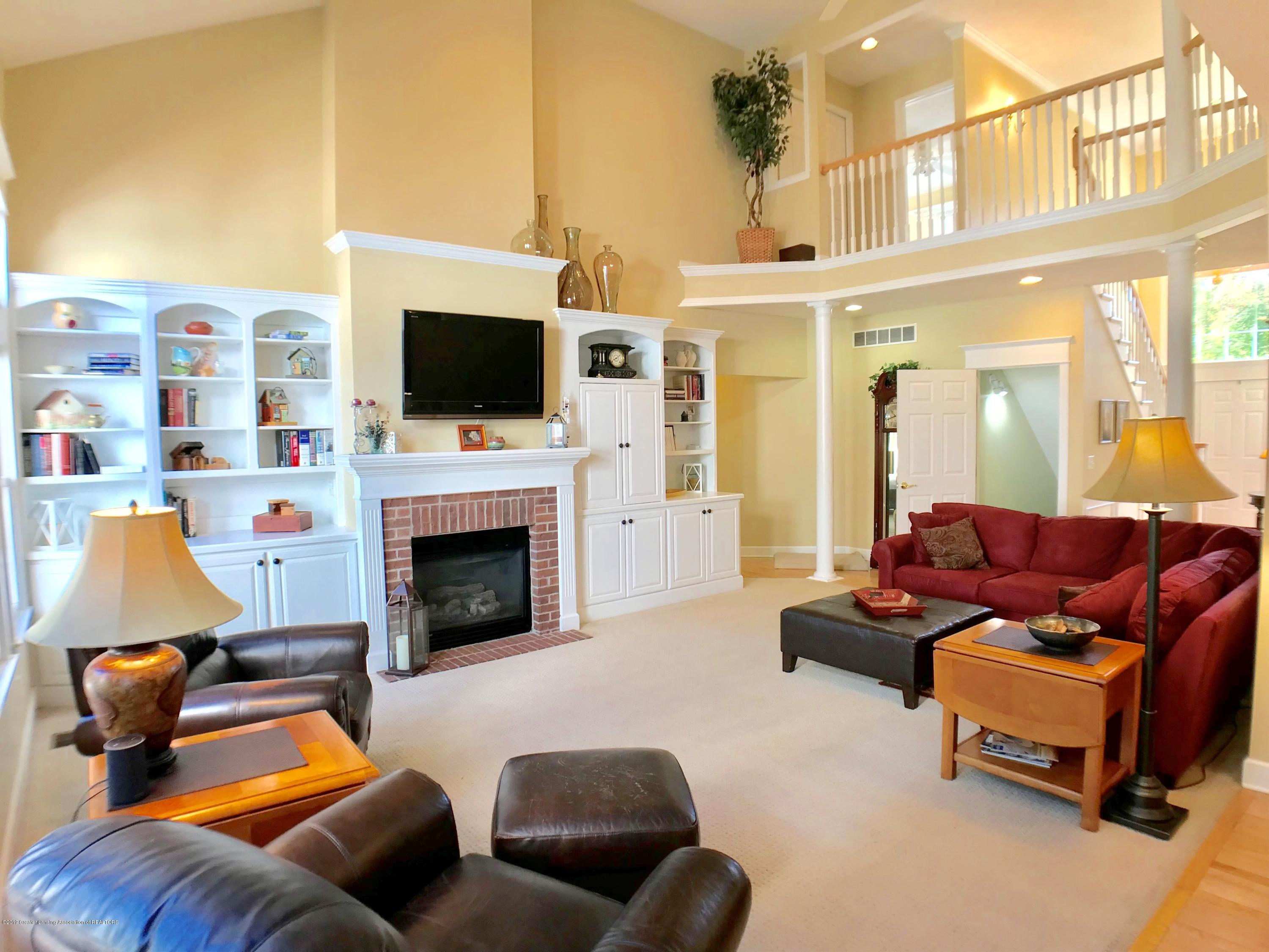 6430 Quail Ridge Ln - Living Room - 9