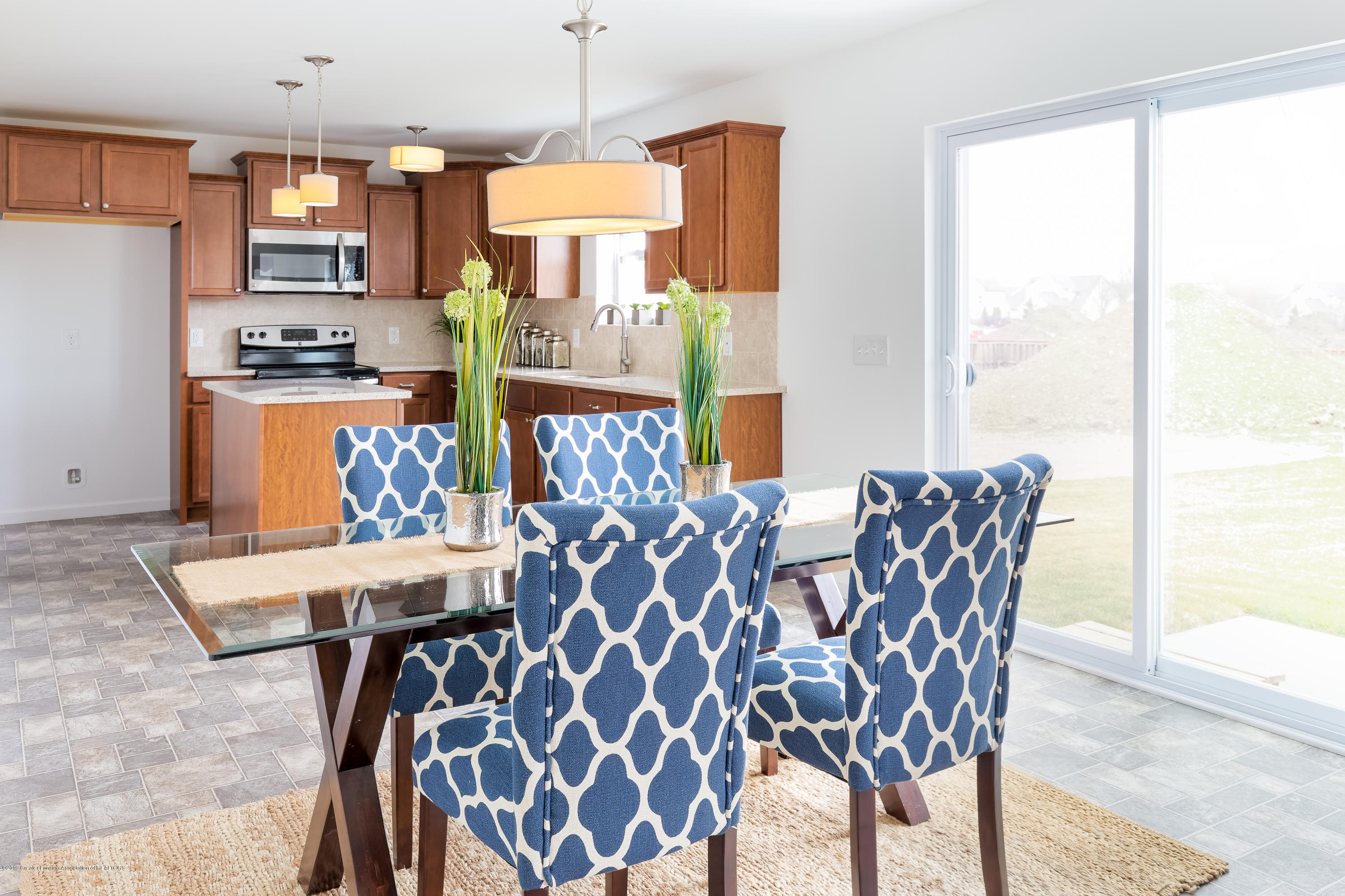 201 Ayla Drive - Dining TSP077-E2070-Staged-13 - 6