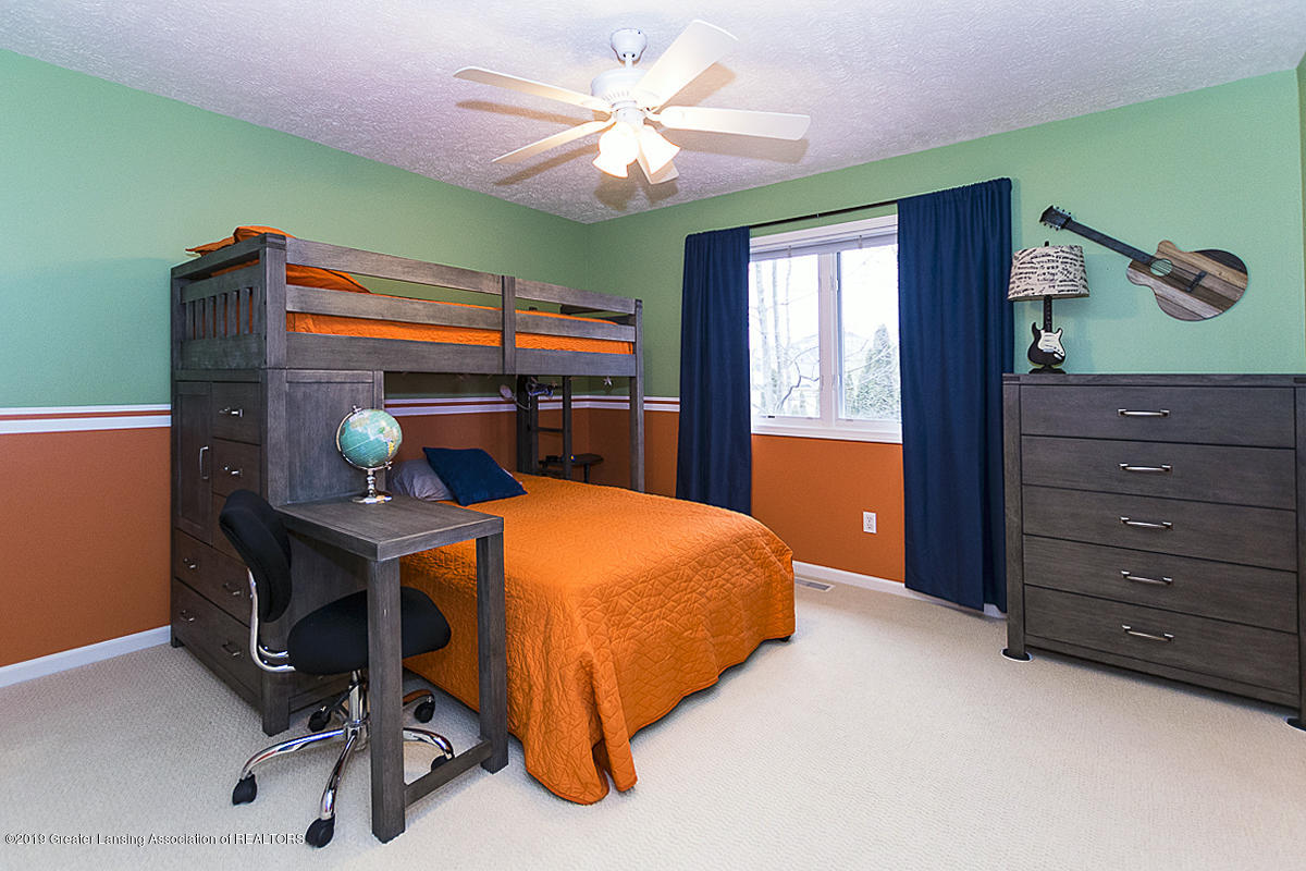 3562 Breezy Point Dr - BEDROOM 3 - 20
