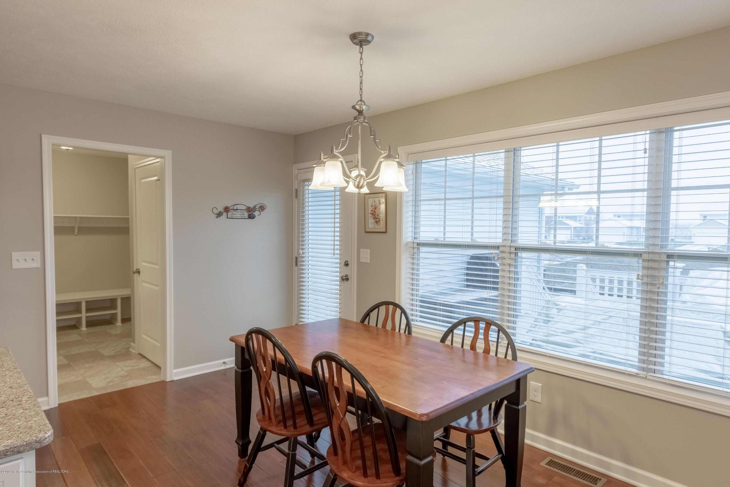 3805 Zaharas Ln - Dining Room - 10