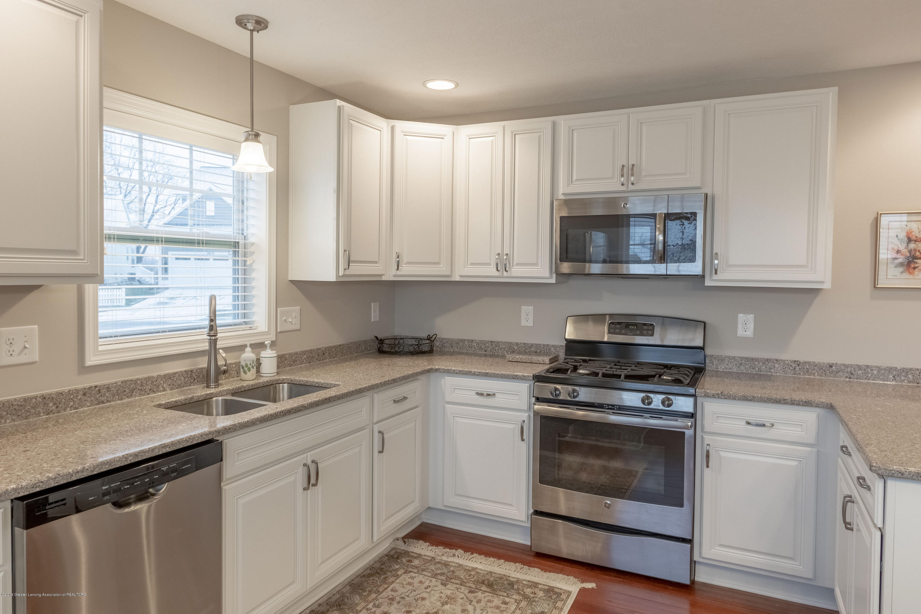 3805 Zaharas Ln - Kitchen - 15