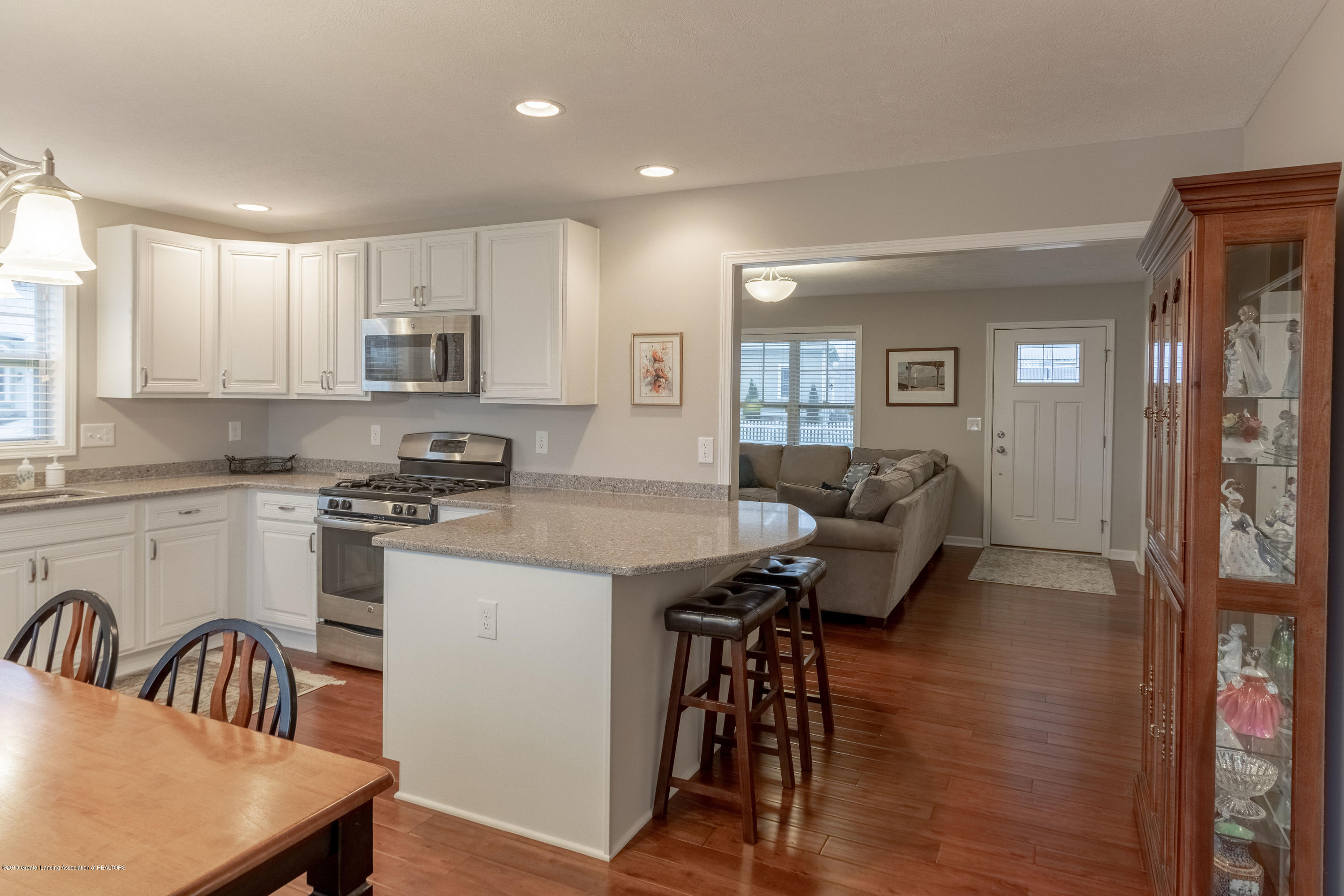 3805 Zaharas Ln - Kitchen - 14