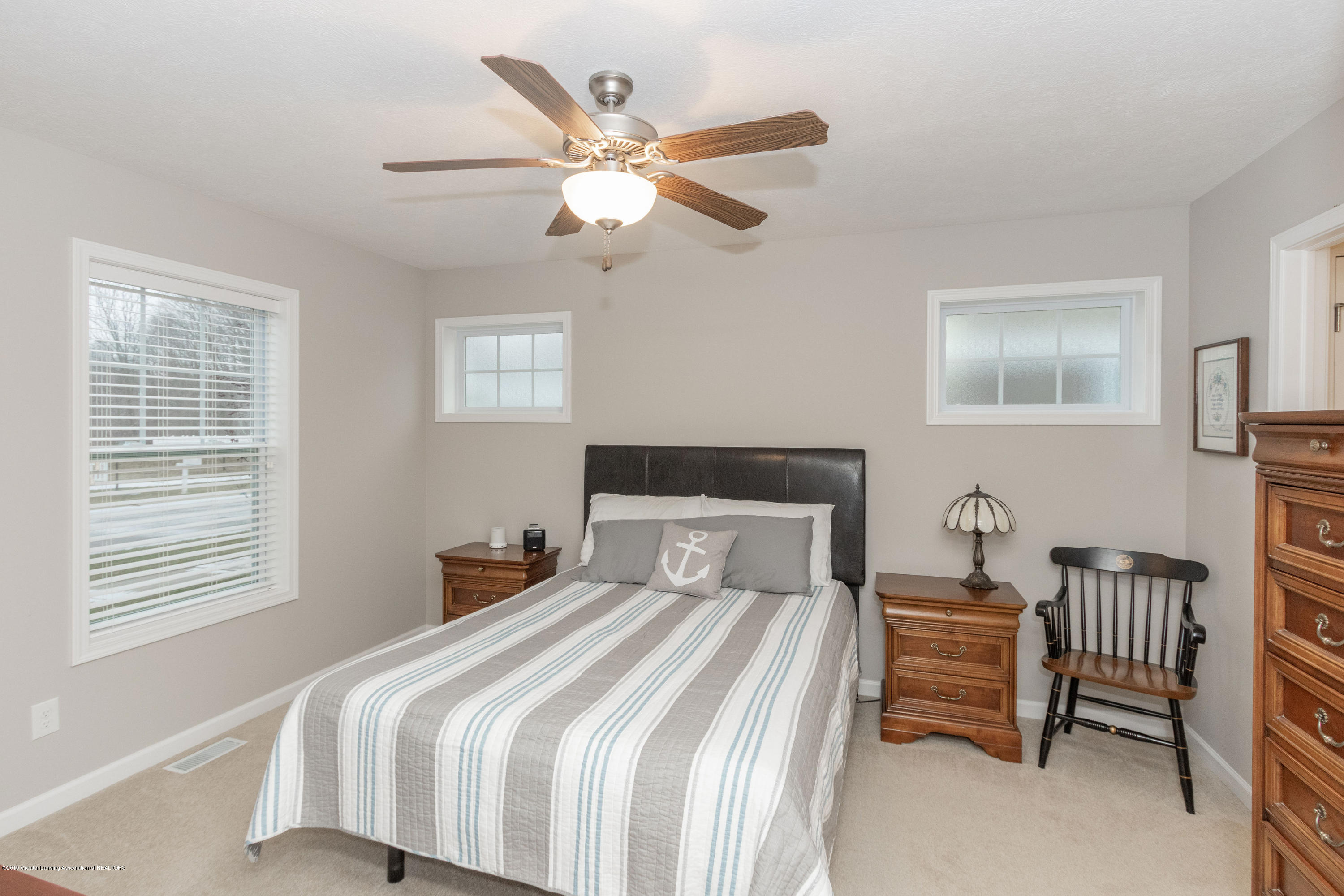 3805 Zaharas Ln - First Floor Master - 22