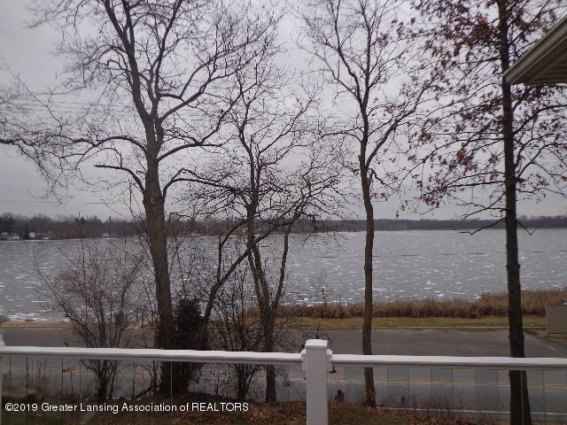 6230 Hilltop Ct 6 - view of lake from deck - 26