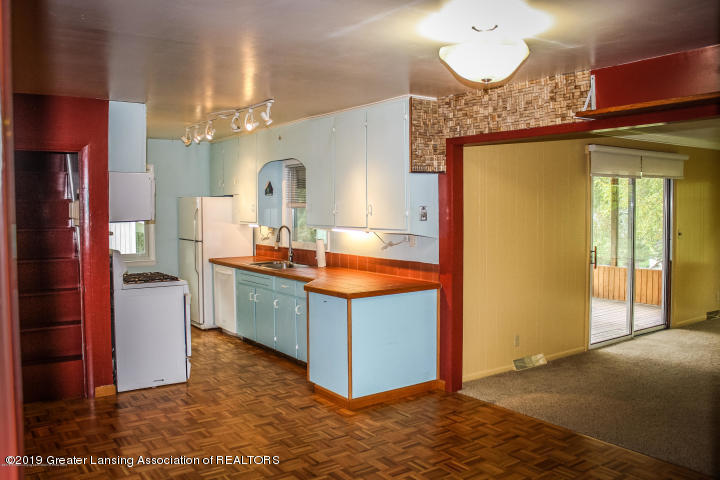 5781 Sleight Rd - Kitchen - 8