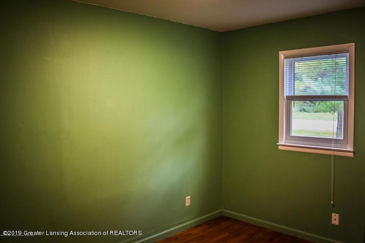 5781 Sleight Rd - Bedroom - 23