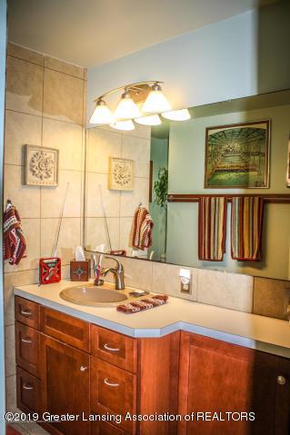 5781 Sleight Rd - Bathroom - 39