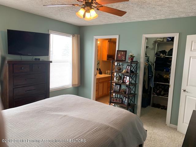 1102 Kelcrasta Dr - Master bedroom - 22